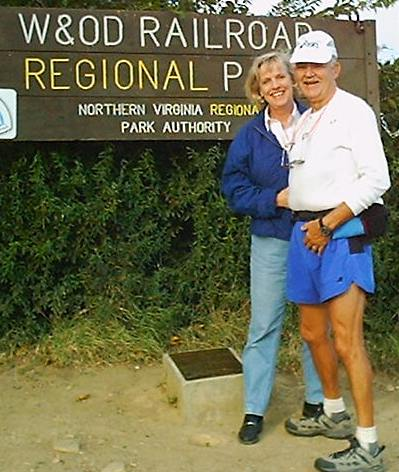 Paul and Cindy at the finish of the 2000 Andiamo