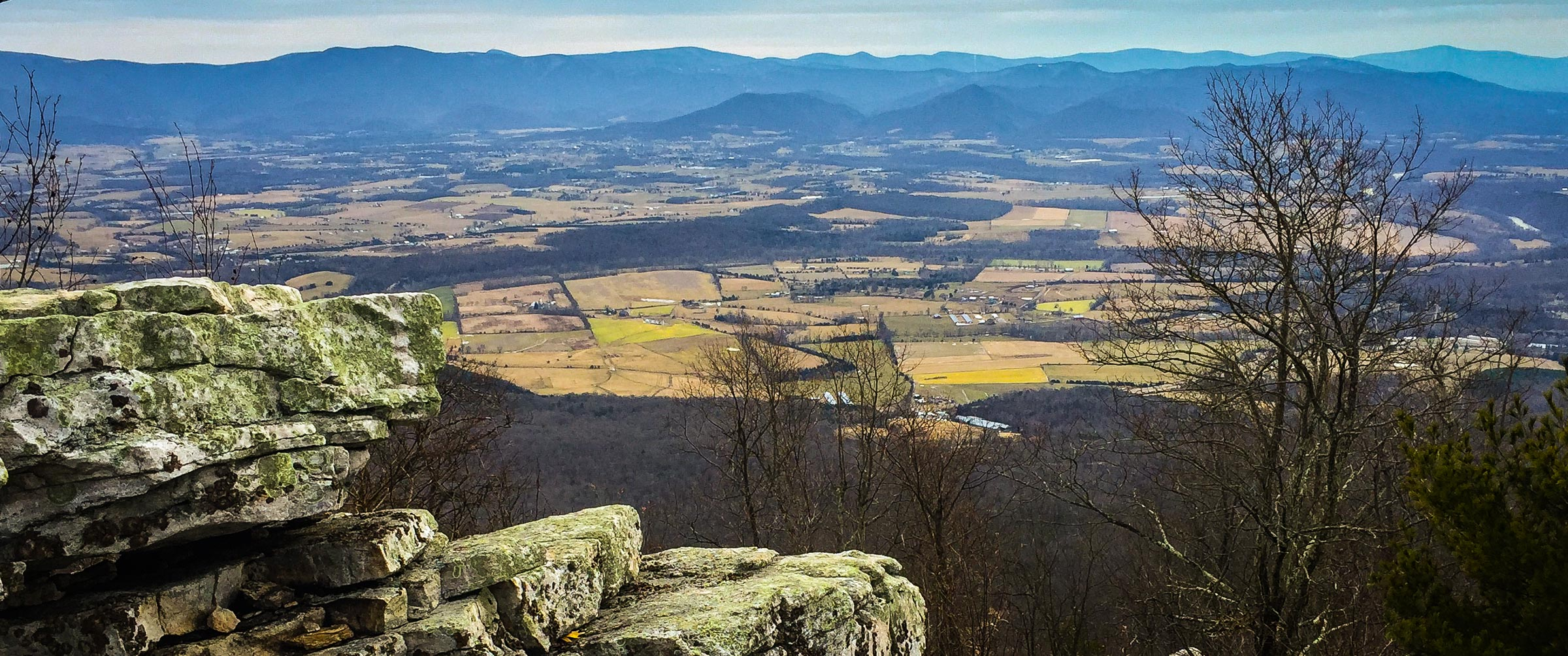 Panoramic views of Shenandoah National Park and Page Valley from Strickler Knob